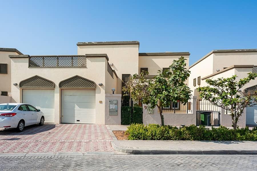 15 Jumeirah Park | 3BR | Huge plot area w/ Pool