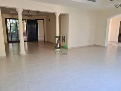 فیلا 6 غرف نوم للايجار في القرم، أبوظبي - Large 6 bed villa in quiet compound | Khalifa Park Area