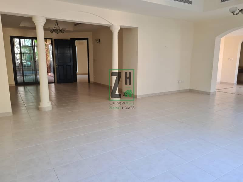 Large 6 bed villa in quiet compound | Khalifa Park Area