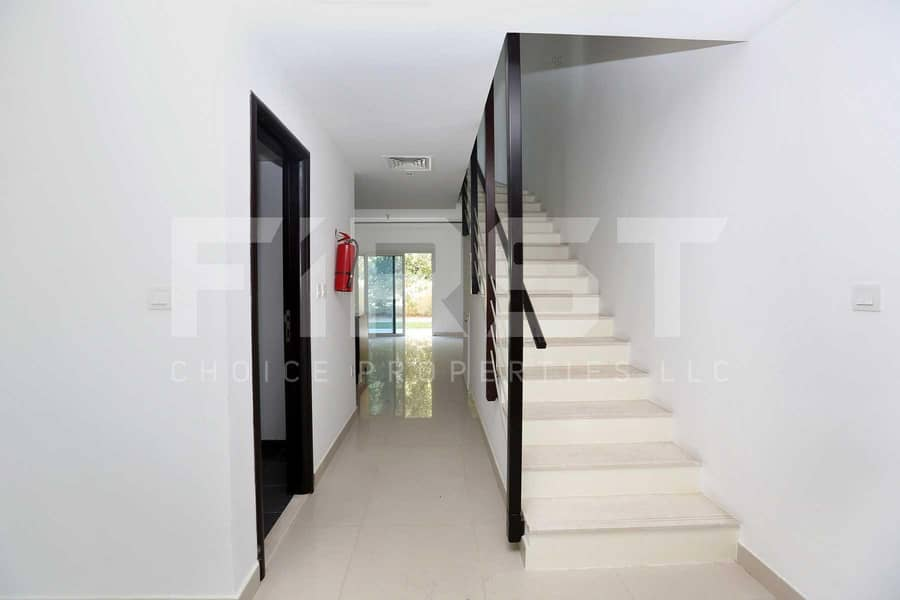 2 Hot Deal | Spacious Villa | Perfect Location