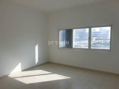 فیلا 4 غرف نوم للايجار في مدينة دبي للإعلام، دبي - Huge 4 Bedroom with Closed Kitchen |  Free Maintenance  | Media City !!!