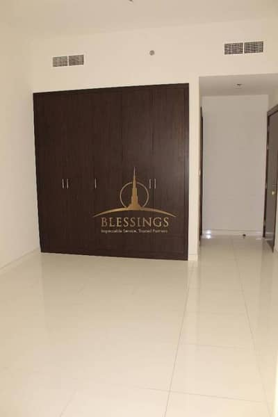 Excellent One Bedroom with Full Facility Building for Rent in Mankhool Area