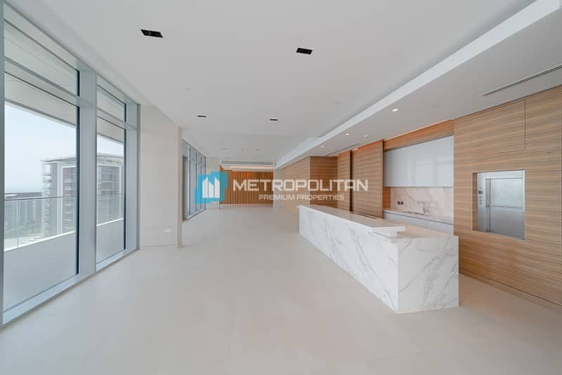 2 Full sea view Duplex Penthouse W/Pool and Jacuzzi