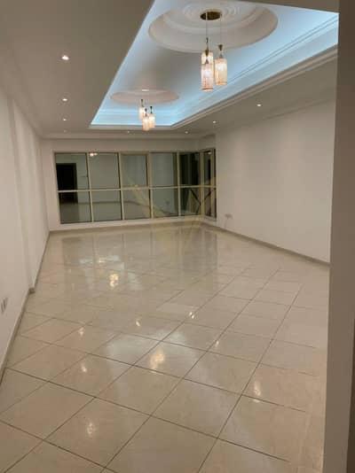 فلیٹ 3 غرف نوم للايجار في الخان، الشارقة - Pay upto 4 Cheques | Covered Parking | Good location