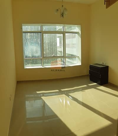 1 Bedroom Flat for Rent in Jumeirah Lake Towers (JLT), Dubai - Luxurious 1BR | Near Metro Station | With Balcony