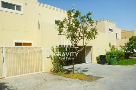 فیلا 3 غرف نوم للايجار في حدائق الراحة، أبوظبي - Fancy 4BR Villa in Al Raha Gardens W/ own Pool