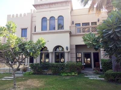 فیلا 4 غرف نوم للبيع في نخلة جميرا، دبي - Beautiful 4 bedroom / Canal Cove/ Palm Jumeirah
