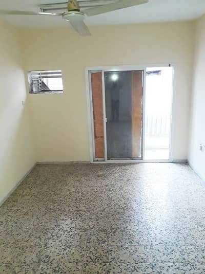 Office for Rent in Bur Dubai, Dubai - !!NO COMMISSION!! SPECIOUS OFFICE AVAILABLE FOR RENT GOOD LOCATION