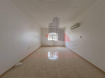 فلیٹ 3 غرف نوم للايجار في الجيمي، العین - A House with Common Entrance Oozing Comfort