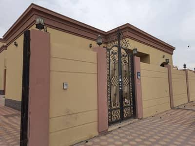 فیلا 3 غرف نوم للايجار في مدينة محمد بن زايد، أبوظبي - فیلا في مدينة محمد بن زايد 3 غرف 65000 درهم - 5136009