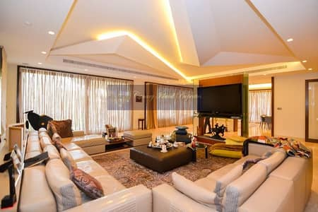 5 Bedroom Villa for Sale in Emirates Hills, Dubai - Stunning 5 Bed Villa With Full Golf View