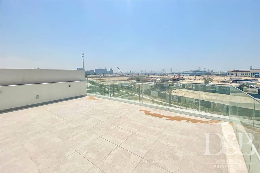 2 Private Roof Terrace | Brand New | Keys with Me