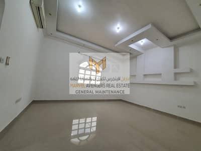 3 Bedroom Apartment for Rent in Baniyas, Abu Dhabi - Excellent 3 Br Apt For Rant Baniyas East