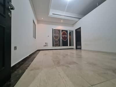 فلیٹ 1 غرفة نوم للايجار في بين الجسرين، أبوظبي - شقه  غرفه وصاله مع بلكونه كبير  شهري 4000