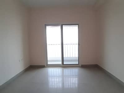 فلیٹ 2 غرفة نوم للايجار في الخان، الشارقة - شقة في برج منازل 2 الخان 2 غرف 32999 درهم - 5098483