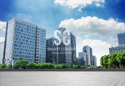 مبنى سكني  للايجار في جنوب الشامخة، أبوظبي - Full Building | 55 Apartment & Shops | Book Now