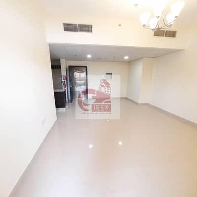 شقة 2 غرفة نوم للايجار في قرية التراث، دبي - 1-Month Free - Specious 2B/R - Laundry Room