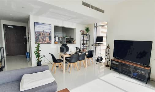 1 Bedroom Apartment for Rent in Business Bay, Dubai - Beautiful views / High Floor / Modern apartment