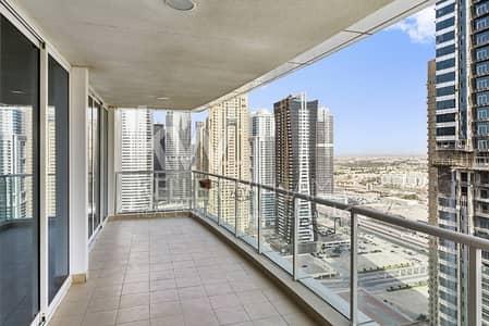 شقة 3 غرف نوم للايجار في أبراج بحيرات الجميرا، دبي - 1 month free High floor Large terrace On suite bathrooms