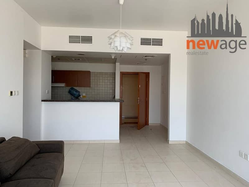 2 VACANT ONE BEDROOM SKYCOURT TOWERS