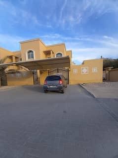 Pvt entrance western stylish 5 B/R villa with huge yard and covered parking