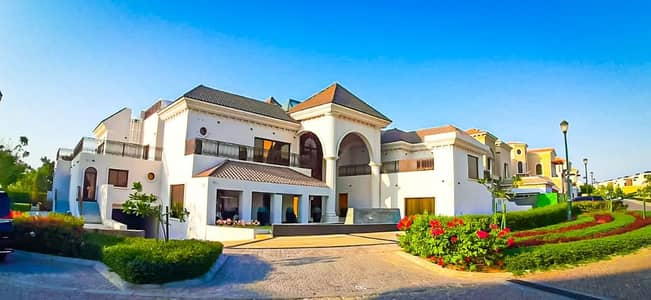6 Bedroom Villa for Sale in Jumeirah Golf Estate, Dubai - Spacious 6 Beds - Luxury Villa-Golf Views  with Private pool