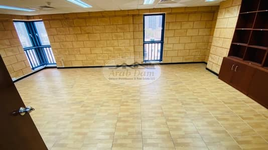 Office for Rent in Hamdan Street, Abu Dhabi - Amazing! Huge Office with  4 Rooms For Rent | Very Attractive Price | Well Maintained | Flexible Payments