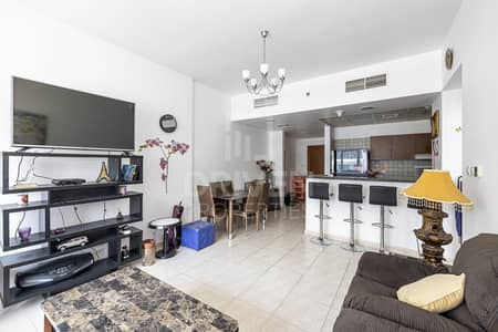 فلیٹ 1 غرفة نوم للبيع في مجمع دبي ريزيدنس، دبي - Peaceful Location | Affordable 1 Bed Apt