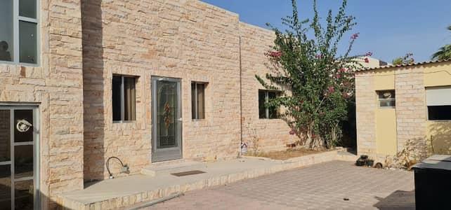 فیلا 3 غرف نوم للايجار في الحزانة، الشارقة - فیلا في الحزانة 3 غرف 55000 درهم - 5139442