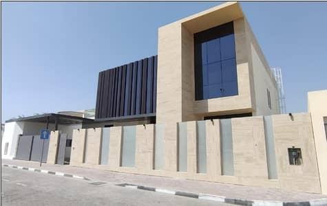 5 Bedroom Villa for Rent in Umm Suqeim, Dubai - modern commercial 5bhk villa with privet big garden 700k