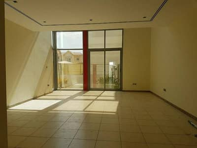 4 Bedroom Villa for Rent in Mirdif, Dubai - Excellent Quality 4 BHk + Maid Room with Shared Pool