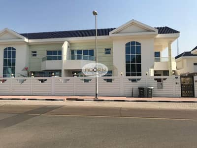 5 Bedroom Villa for Rent in Jumeirah, Dubai - Very nice 5 bedroom plus maid villa with private pool for rent in Jumeirah 1