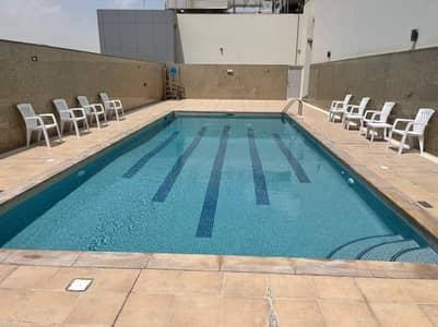 شقة 2 غرفة نوم للايجار في ند الحمر، دبي - شقة في ند الحمر 2 غرف 48000 درهم - 5132944