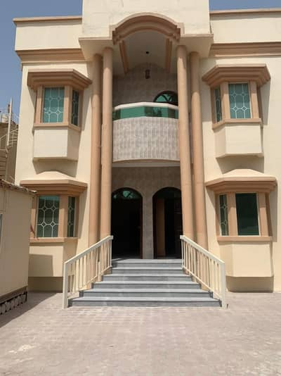 Wonderful Nice new villa rent with A/C close to the main road