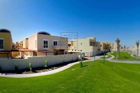 4 Bedroom Townhouse for Rent in Al Raha Gardens, Abu Dhabi - Great Deal For 4BR Townhouse With Massive Space !