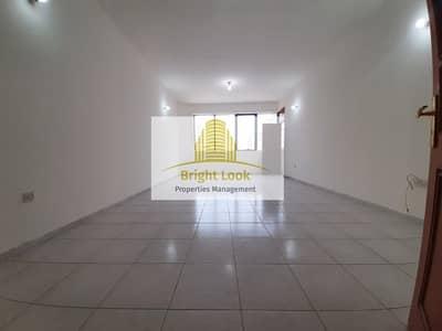 فلیٹ 3 غرف نوم للايجار في شارع السلام، أبوظبي - Well Maintained and Affordable 3 BHK with Maid's Room & Balcony| 65