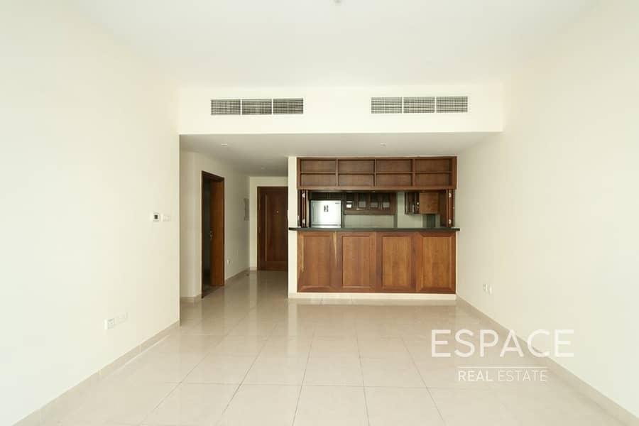 2 Large 1 Bedroom | Spacious | Pets Allowed