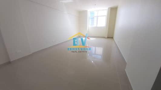 شقة 3 غرف نوم للايجار في المرور، أبوظبي - lovely 3BHK with Maidsroom