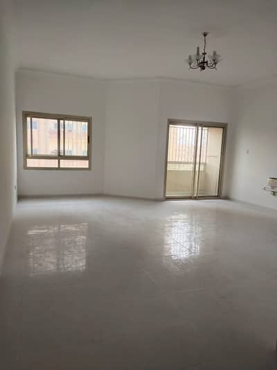 3 Bedroom Flat for Rent in Al Nuaimiya, Ajman - Eid offer 3 bhk Big size in 33k is available for rent in al nuaimiya.