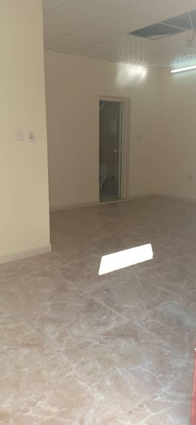 فلیٹ 2 غرفة نوم للايجار في مدينة الفلاح، أبوظبي - Limited Offer !!! 2 Bed Room And Hall in Al Falah (Monthly Possible) Near by Shoping Area