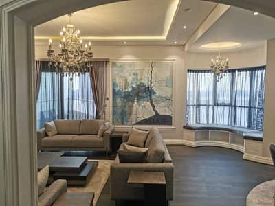 مبنی تجاري  للبيع في الممزر، الشارقة - New commercial building, The tower is first row, Wonderful sea view