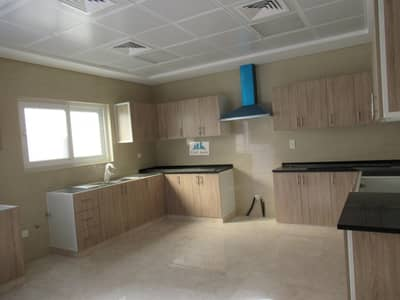 5 Bedroom Villa for Rent in Umm Suqeim, Dubai - NEW** ELEGANT 5BR VILLA AT 220K BY 2 CHQS+POOL/GYM-LARGE SPACE