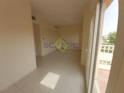 فیلا 2 غرفة نوم للايجار في الينابيع، دبي - 2 Bedrooms Type 4E Big and clean Villa !
