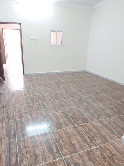 فلیٹ 1 غرفة نوم للايجار في الشوامخ، أبوظبي - شقة في الشوامخ 1 غرف 23000 درهم - 4991847