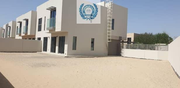 3 Bedroom Villa for Rent in Muwaileh, Sharjah - Lilac
