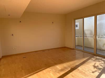 3 Bedroom Townhouse Available Now For Rent