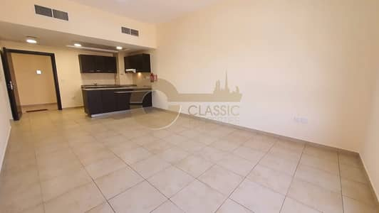 1 Bedroom Apartment for Sale in Remraam, Dubai - Excellent Deal   Open Kitchen  Spacious 1bed 