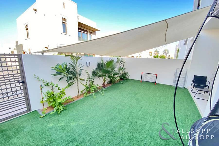 2 Back To Back | Near Pool And Park | Rented