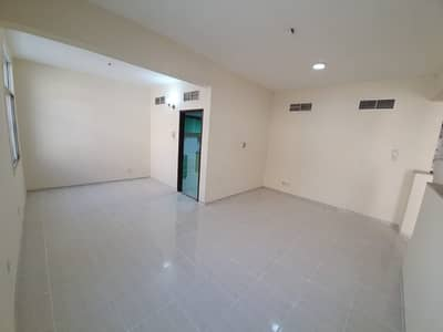 4 Bedroom Villa for Rent in Deira, Dubai - **GRAB THE DEAL**LARGE 4 BEDROOMS-ALL MASTER-1 ROOM DOWN-FREE PARKING IN HOR AL ANZ FOR JUST