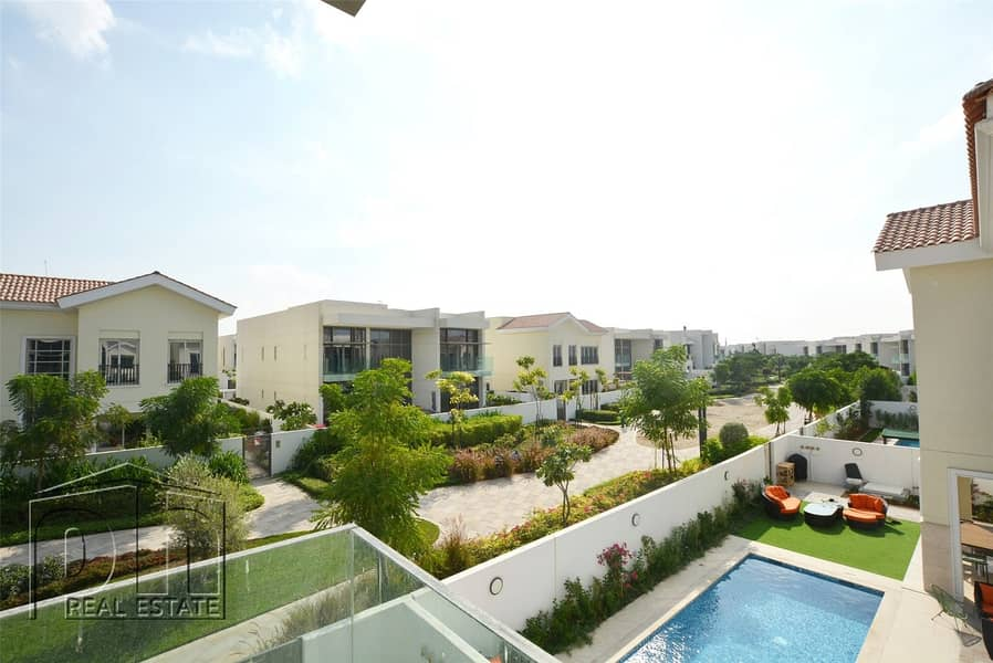 5 Bed Contemporary - Large plot - Landscaped